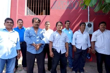 huaves desplazados de Pueblo Viejo-OAXACA