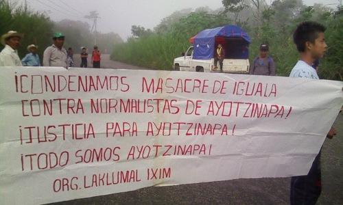 Indígenas Choles-bloqueo-Ayotzinapa-Autoposta